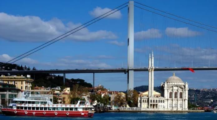Anijet në det: Stambolli përgatitet për tërmet të magnitudës 7.5