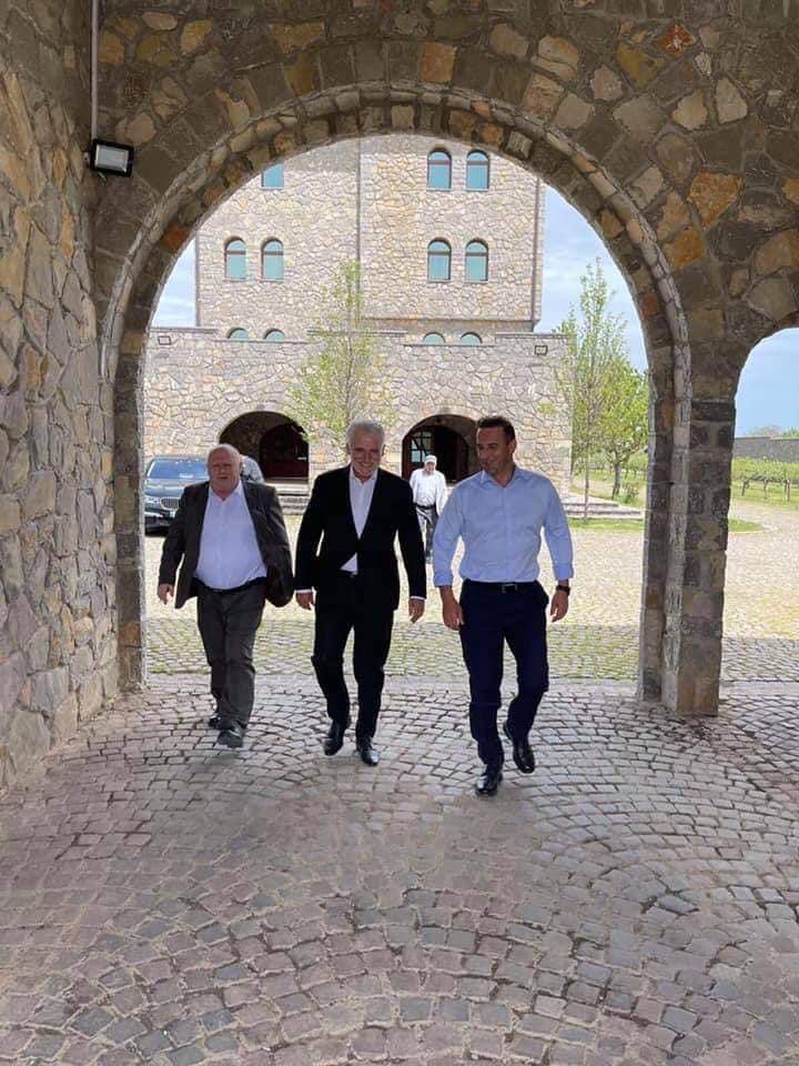 Menduh Thaçi i ftuar sot, ne Nderime te Heroit Agim Selmanaj ne 22 vjetorin e renies.