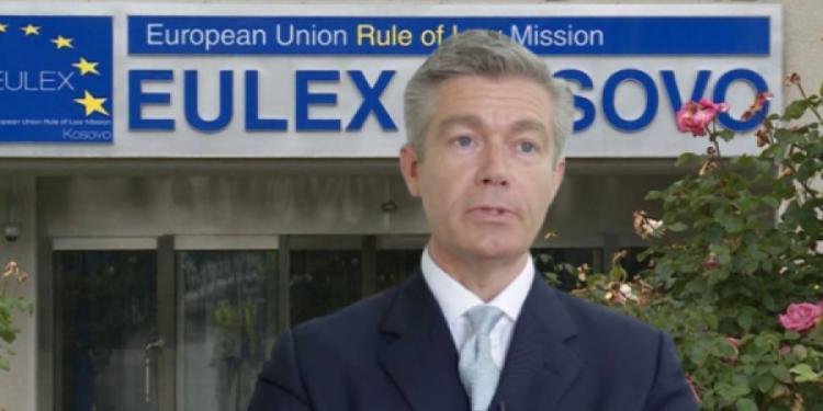 Pretendimet e Simmons: Gjyqtarët e EULEX-it në Kosovë merrnin edhe prostituta