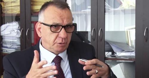 Enver Hasani: Vendimi i Osmanit për ta shkarkuar Dakën, shkelje e pastër Kushtetuese