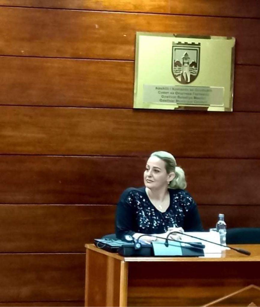 Renata Elezi nga PDSH-ja e vetmja kandidate qe nenshkruajti per zgjedhje fer dhe demokrate ne KSHZ-Gostivare